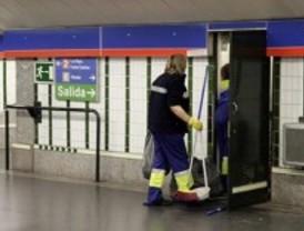 Los trabajadores de limpieza de Metro comienzan una huelga indefinida