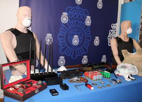 Artilugios requisados a una banda de ladrones de robos con fuerza