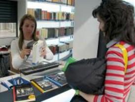 Los préstamos de libros en los Bibliometros pueden renovarse por teléfono
