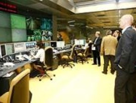 Una delegación danesa visita el Metro para conocer su funcionamiento