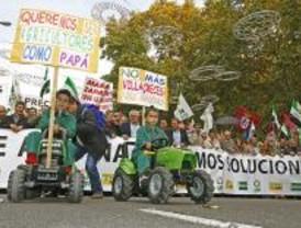 Miles de agricultores se manifiestan en Madrid