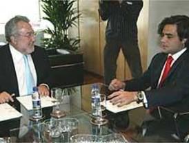 El PSOE ofrece a Aguirre un 'pacto sanitario'
