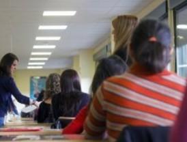 UGT denuncia que algunos opositores a maestro pudieron usar calculadoras