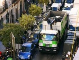 Madrid estudia dejar de recoger la basura todos los días