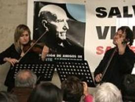 Escritores, artistas y poetas rinden homenaje a Vicente Aleixandre