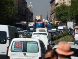 Disminuyen los viajeros que usan la EMT y aumenta el uso de vehículos particulares