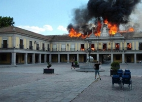 Extinguido el incendio en el Ayuntamiento de Brunete