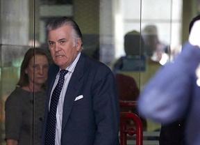 Luis Bárcenas imputado en el caso corrupción PP sale del juzgado de la Audiencia Nacional