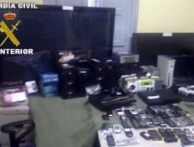Desarticulada una banda de atracadores a la que se atribuyen 30 robos con fuerza