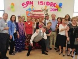 Los mayores de Pozuelo celebran San Isidro