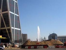 Arranca la construcción del obelisco de Calatrava