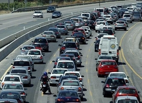 13,5 millones de vehículos se concentrarán en las carreteras
