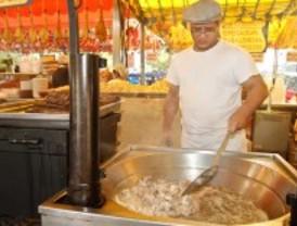 San Isidro, entre el empleo y las gallinejas