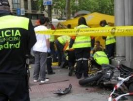 Dos motoristas, en estado muy grave tras chocar con un coche en José Abascal