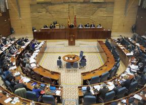 La reforma de la ley del aborto divide a la Asamblea para el día de la Mujer
