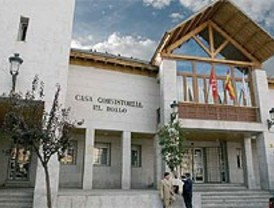 Piden investigar a la alcaldesa de El Boalo imputada en un delito de cohecho