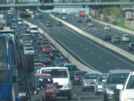 Dos accidentes retienen el tráfico en la M-40