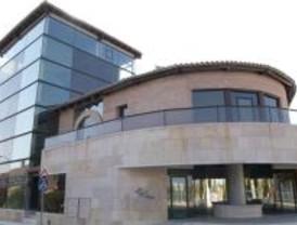 El alcalde de San Agustín de Guadalix presenta dos querellas contra el PSOE local