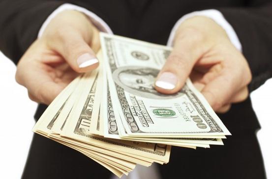 El largo camino de la independencia económica: cómo solicitar un préstamo personal