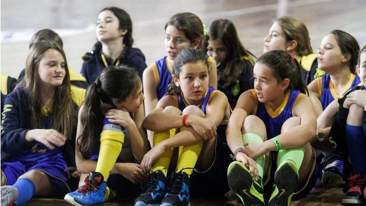 Presentación de 'Basketball is Education'  en el polideportivo del colegio Maravillas La Salle.
