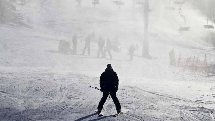 La temporada de esquí en Madrid arranca sin apenas nieve