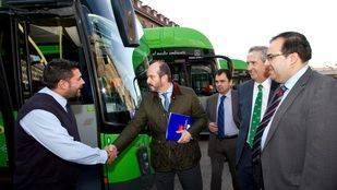 Presentación de los nuevos autobuses de Gas Natural en Leganés