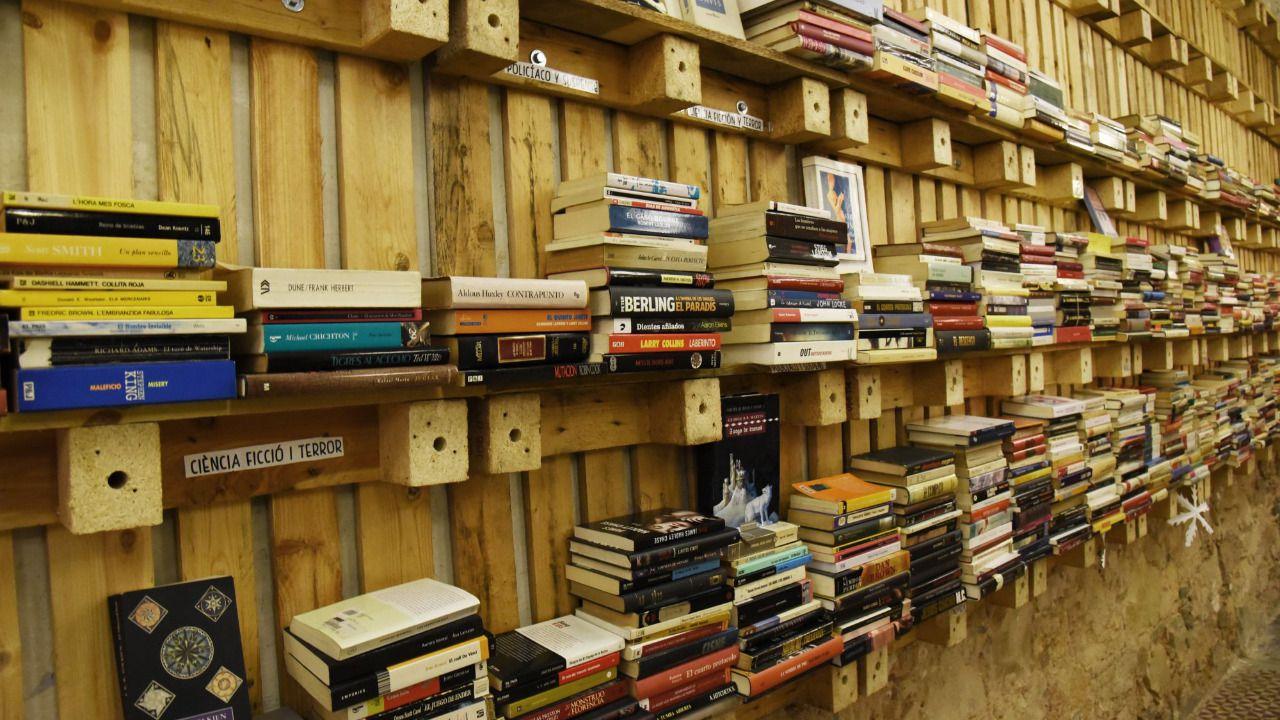 Librer as 39 low cost 39 una nueva vida para los libros for Casetas metalicas de segunda mano