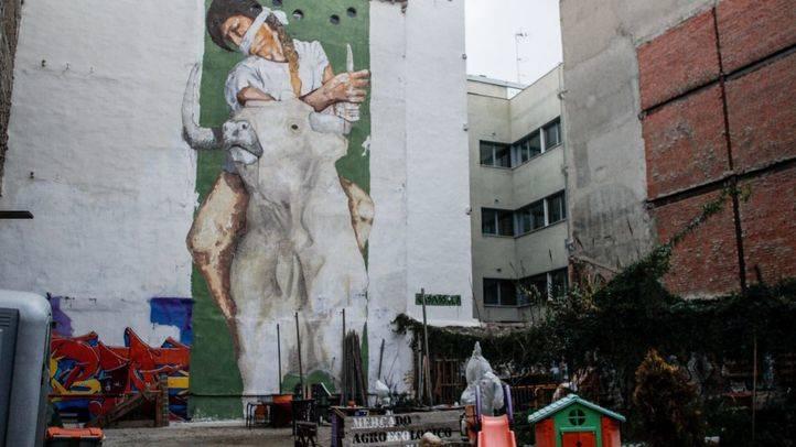 Una pieza de Raúl Casassola en el solar del Jardín Maravillas en la calle Antonio Grilo
