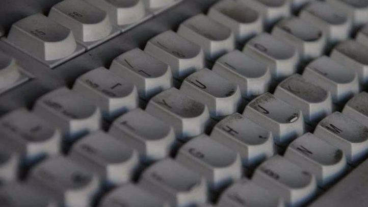 Yahoo anuncia el cierre de su oficina en Madrid tras perder 4.036 millones de euros