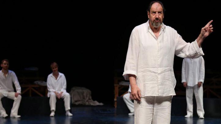 'Sócrates' en las Naves del Español