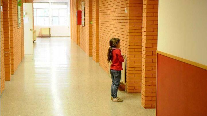 Alumna en un colegio.