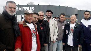 Los 'ocho de Airbus' niegan haber agredido a ningún policía o trabajador