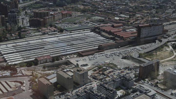 Los propietarios del suelo de la Operación Chamartín deberían costear el soterramiento de la vía férrea