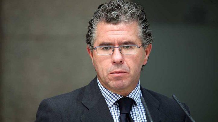 Granados anotó múltiples pagos de 300.000 y 400.000 euros de López Madrid al exgerente regional del PP