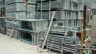 Cinco personas detenidas por estafar 800.000 euros a una constructora