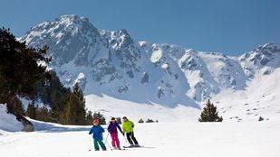 Esquí y cocido, entre los planes de fin de semana