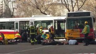 Parecía un macroaccidente entre dos autobuses, pero era un macrosimulacro