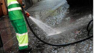El Ayuntamiento prevé instalar 127 urinarios en el centro como parte de un proyecto piloto