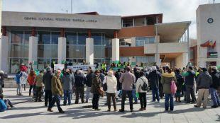 Una protesta pide en Rivas la construcción de los colegios presupuestados por la Asamblea