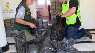 Detienen a 21 personas por tráfico de drogas y actividades contra la salud pública