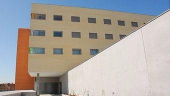 Una residencia de mayores de Valdemoro, multada por dar una plaza a una estudiante
