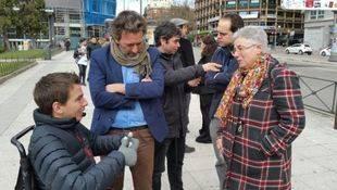 Más de 20.000 personas votan en el 'referéndum' de la Plaza de España