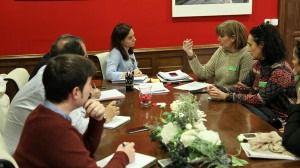 La alcaldesa y los concejales de Sostenibilidad y LYMA reunidos recientemente con representantes de la Federación de Asociaciones Protectoras y de Defensa Animal de la Comunidad de Madrid, FAPAM