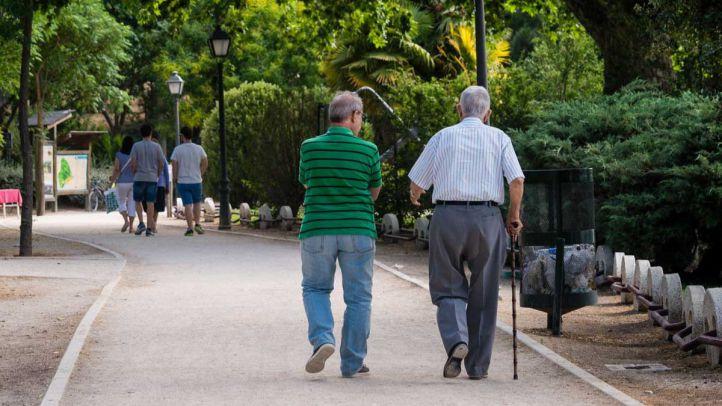 Amigos que combaten la soledad de los mayores