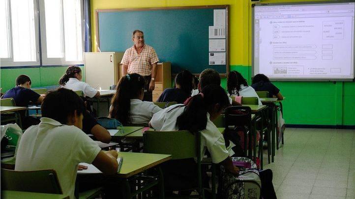 CCOO denuncia que más de 2.700 aulas cuentan con un exceso de alumnos