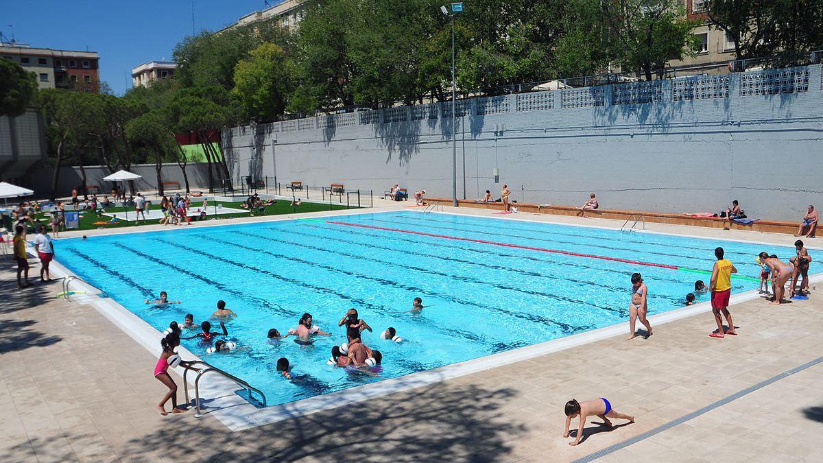 Las piscinas municipales abrir n el 14 de mayo y ser n un for Las mejores piscinas municipales de madrid