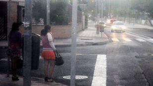 Prostitutas en las calles del polígono Marconi de Villaverde