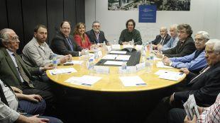 Reunión entre los presidentes de las asociaciones de vecinos de Fuencarral, Begoña, etc con Distrito Castellana Norte. (Archivo)