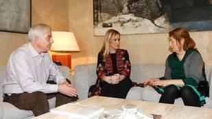 Reunión de Cristina Cifuentes con los padres de Diego