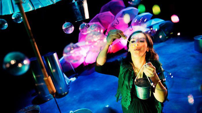 'Rompiendo el cascarón': teatro y música para bebés